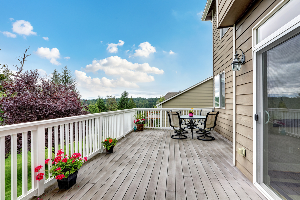How to Prepare Your Deck for Spring